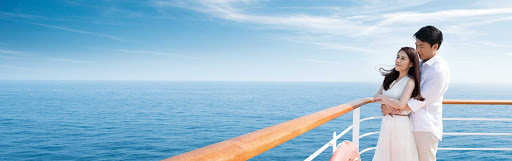 couple-on-aft-rail.jpg - Ramp up the romance with your special someone on a Princess cruise.