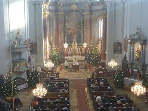 Photo: Ein Blick in die Kirche