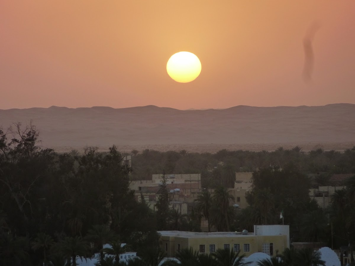El Menia - Hassi Gara. Sunset from the Ksar