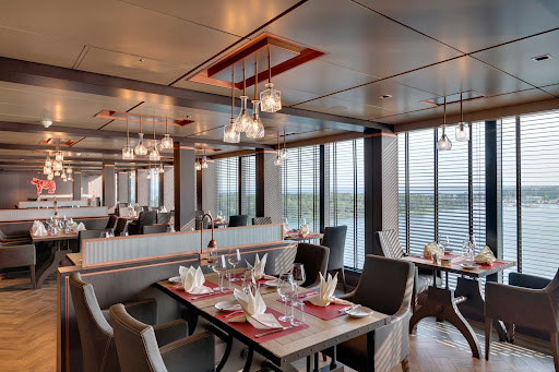 msc-seaview-butchers-cut.jpg -  Head to Butcher's Cut for a traditional steakhouse experience on MSC Seaview.