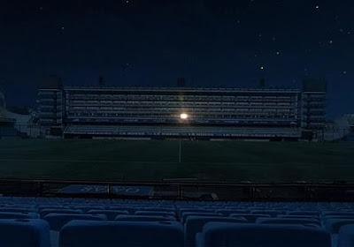 📷 Wat een beeld! In het mythische La Bombonera van Boca Juniors brandt één licht in de duisternis