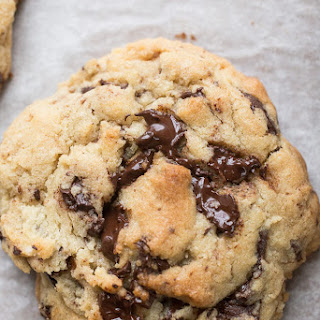 Giant Dark Chocolate Chunk Cookies (Levain copycat)