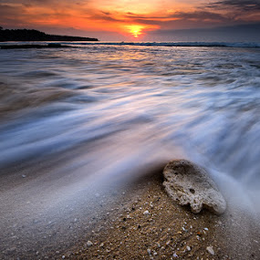 white stone wave by Dody Herawan - Landscapes Sunsets & Sunrises