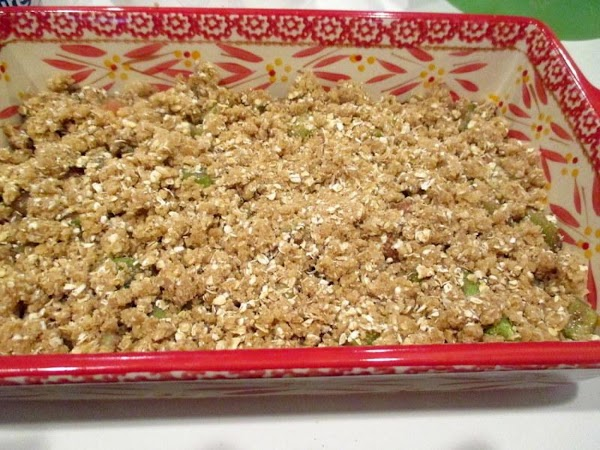 Top with remaining crumbs. Place in oven and bake for 40 - 45 minutes...