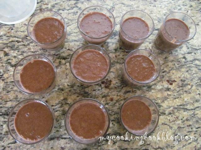 Домашен течен шоколад със сухо мляко