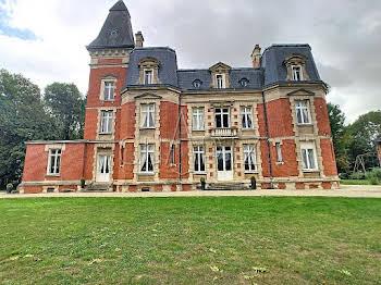 Maison 19 pièces 60000 m2