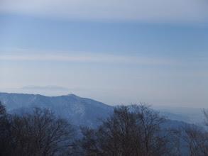 霞の向こうに鈴鹿山脈