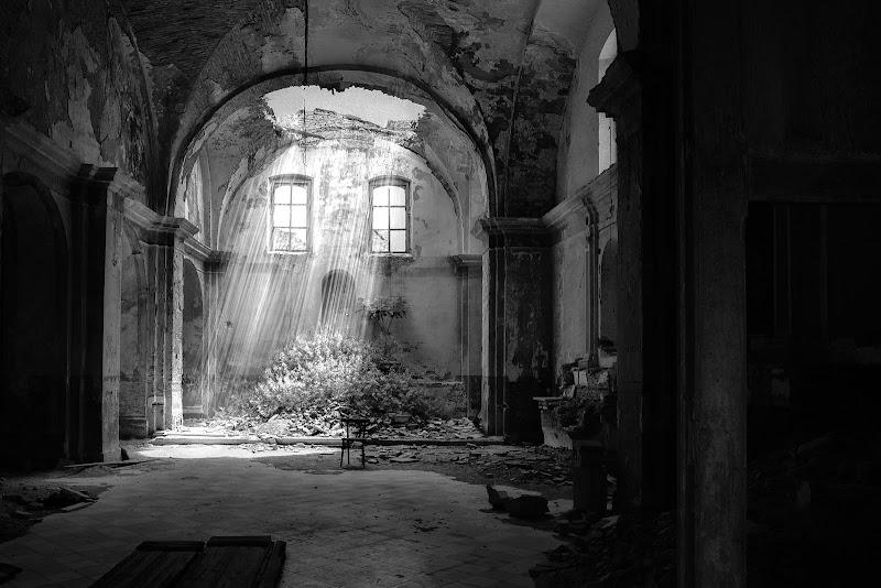 Chiesa abbandonata di MWALTER