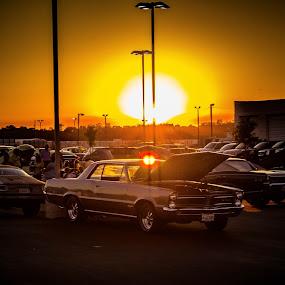 Car show sunset by Andre Quintana - Landscapes Sunsets & Sunrises ( classic car, sunset, cars, light, show car,  )