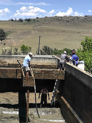 Volunteer group fights for dignity of their town - SowetanLIVE