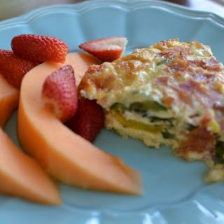 Crustless Summer Squash, Tomato, Bacon and Ham Quiche