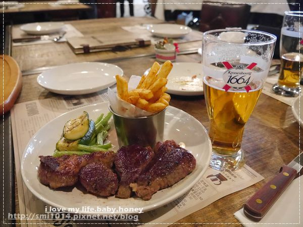 Butcher's Kitchen 肉舖廚房 花博店。大口吃肉、大口喝酒的好地方。花博MAJI市集。捷運圓山站1號出口