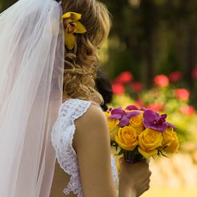 Bride Bouquet by Vasiliu Leonard - Wedding Details ( fotograf nunta iasi, wedding bouquet, wedding, bride, vasiliu leonard, bride bouquet )