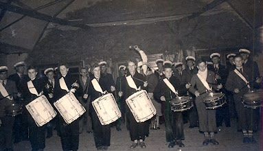 Photo: v.l.n.r. vooraan: Jan Reinders, (leider) Harpje Sloots, Gé Zandvoort, Giny Lanjouw, Geertje Lanjouw, Berend Raterink, Alie Kremer en Geert Hoving
