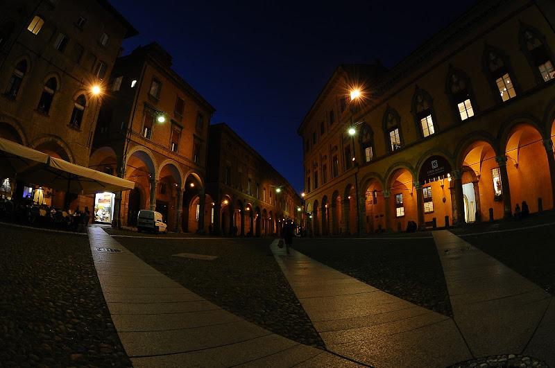 Bologna di sera di domenicolobinaphoto