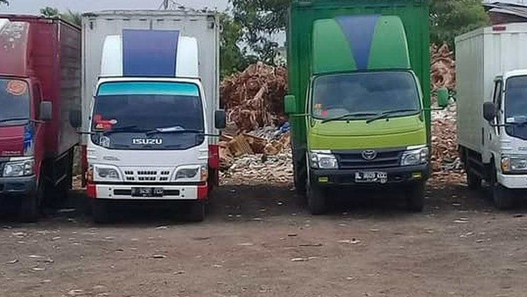 Sewa Mobil Box Kaka Trans Logistik Agen Rental Truk