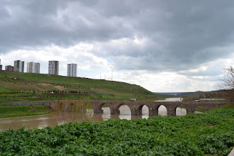 Photo: A view of the Dicle Bridge in Amed