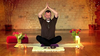 Chakra Meditations With James Philips