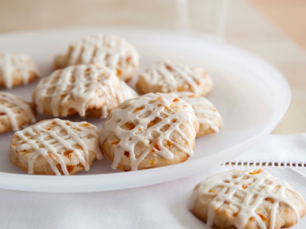 Apricot and Nut Cookies with Amaretto Icing Recipe