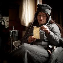 Photo: Alanis Tatius, Priesterin der 5 Elemente
