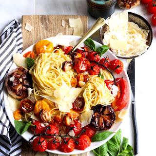 Deconstructed Roasted Garlic Marinara + Fresh Basil.