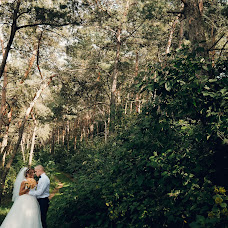 Wedding photographer Vitaliy Nalizhitiy (Rococo). Photo of 23.01.2018