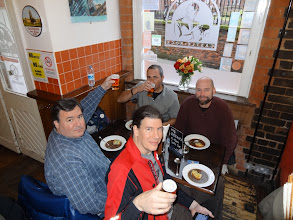 Photo: On our day in Nottingham, we enjoyed lunch at the friendly Kean's Head - a Castle Rock pub.