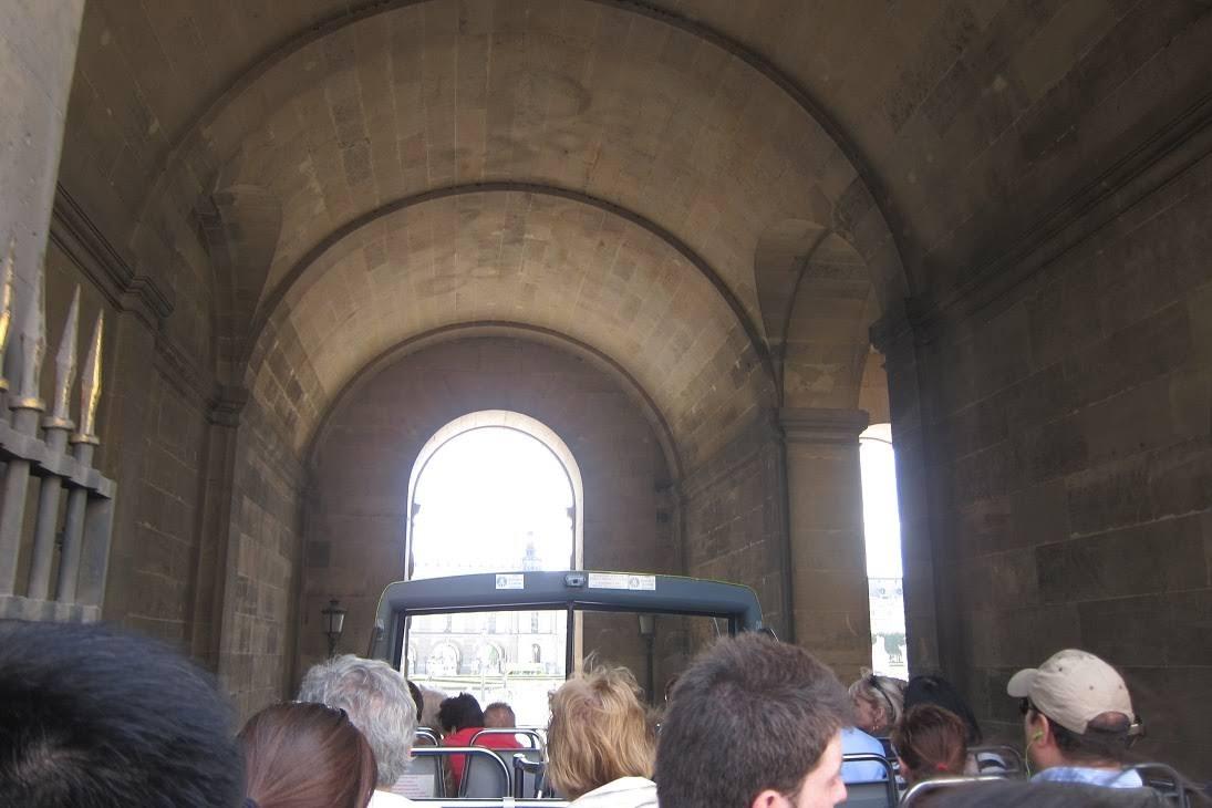 Green Bus Tour in Paris