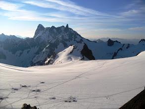 Photo: Segundo día en altura. La Valle Blanche por la mañana. Foto AH.