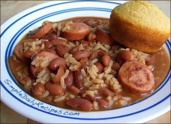 This Is A Wonderful And Filling Dish That Most People In South Louisiana Eat Every Monday! Serve With Cornbread Muffin Or French Bread.  Bon Appetite!