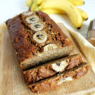 The Perfect {Vegan} Banana Bread Recipe