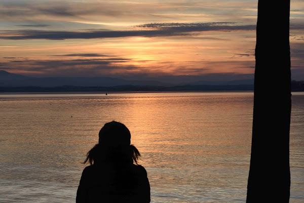 riflessioni sul lago di Lucionap