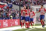 ? Een vuurzee is er niets tegen! Uitzinnige Atlético-fans begeleiden spelersbus naar stadion
