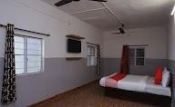 Oyo 36705 Laxmi Lodge New photo 2
