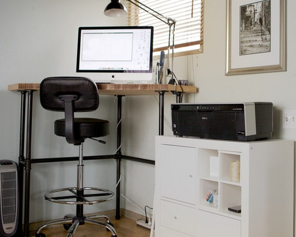 компьютерный стол на высоких ножках