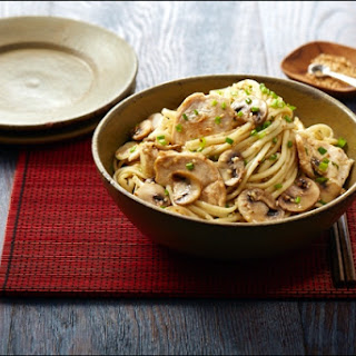 Sesame Udon Noodles with Chicken and Mushrooms.