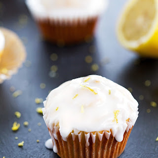Lemon Poppyseed Cream Cheese Muffins
