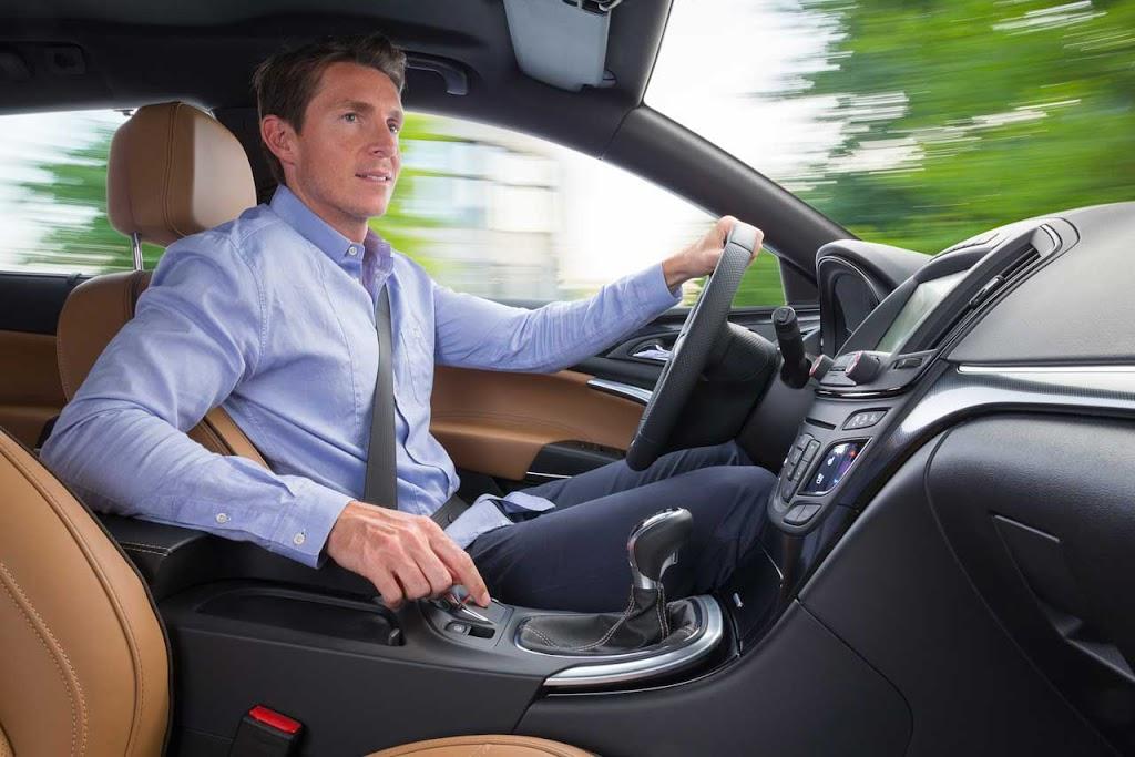 rückengrechte Sitze für Autos und Nutzfahrzeuge