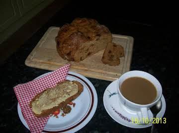 Traditional Irish Treacle Bread