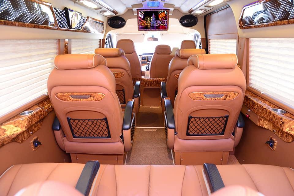 Nội thất xe Anh Khôi Limousine đi Nam Định từ Hà Nội