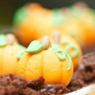 PUMPKIN PATCH CHOCOLATE PUDDING CUPS