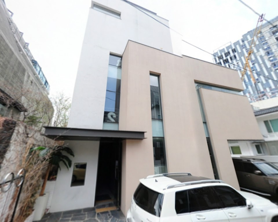yoona-9million-building-seoul