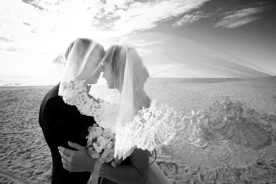 Свадебный фотограф Татьяна Титова (tanjat). Фотография от 08.08.2017