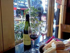 Photo: 寒いからワインで暖をとることに。