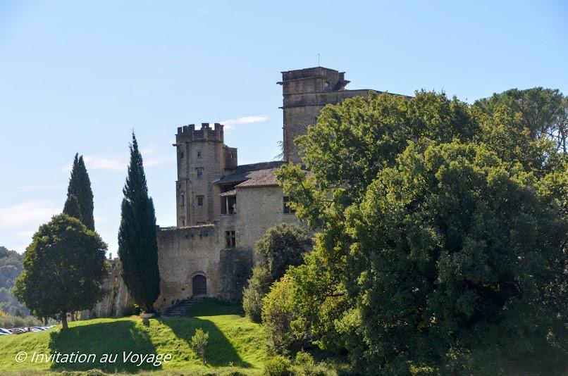 Lourmarin, château