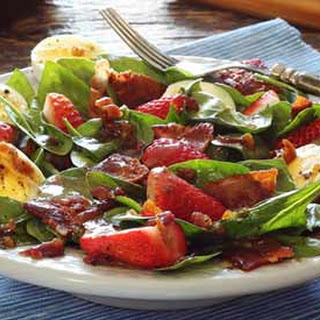 Paleo Warm Bacon Dressing Over Spinach Salad.
