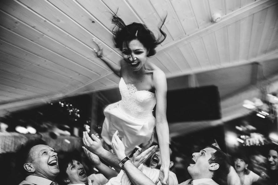 Wedding photographer Dmitriy Gvozdik (Gvo3D). Photo of 17.05.2015