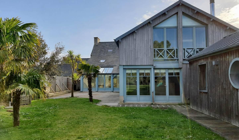 Maison en bord de mer avec jardin Lancieux