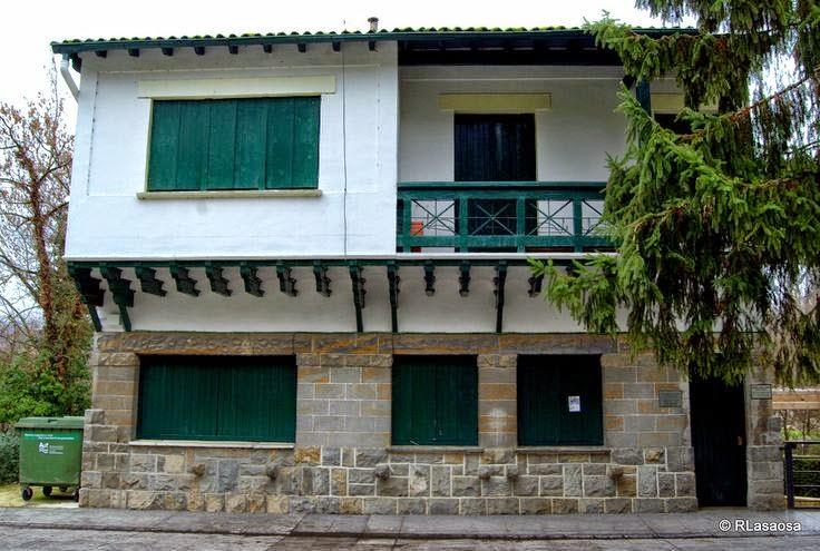 Albergue de peregrinos Casa Padernborn, Pamplona, Navarra, Camino de Santiago