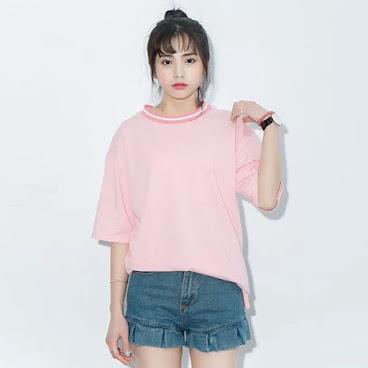 韓版粉紅色上衣 $99 有興趣聯絡:6991-7992